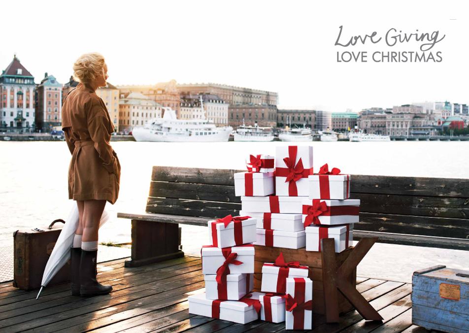 Love Giving. Love Christmas. Merry Christmas   Arhitektura+