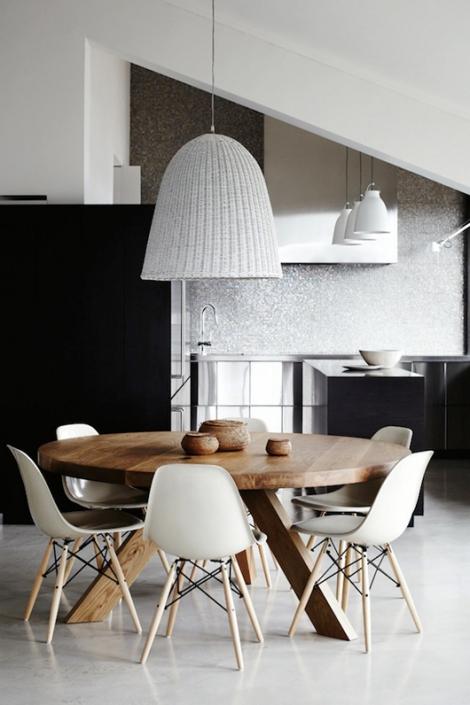round table dining_interiors_arhitektura+