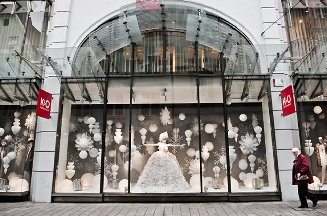 KO-Ice-Princess-Christmas-windows-Graz-07