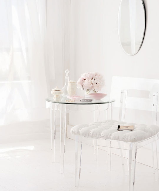 Lucite Interiors# Design# #lifestyle #clear glass #plastic #arhitektura+ (4)
