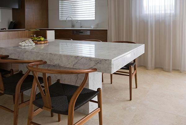Small Apartment in Sydney #interiors #apartment #decor #arhitektura+ (1)