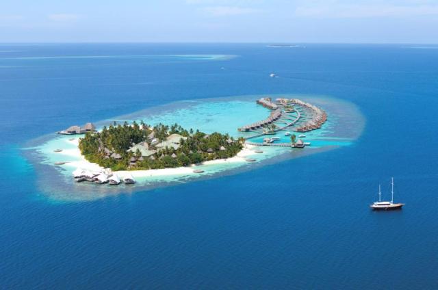 w hotel #maldives #travel #escape #luxury #hotel #arhitektura+ (1)
